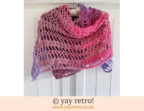 152: Berries & Cream Shawl + Wrist warmers (£35.00)