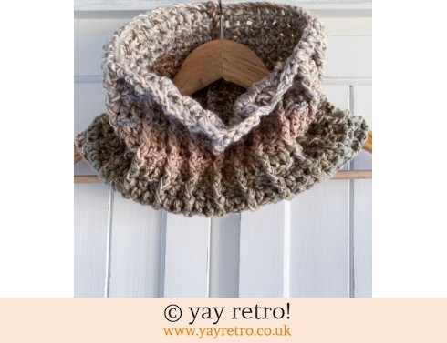 152: Unisex Crochet Cowl - All day wear (£12.50)