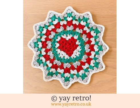 152: Christmas Love Heart Crochet Mandala Doily (£12.75)