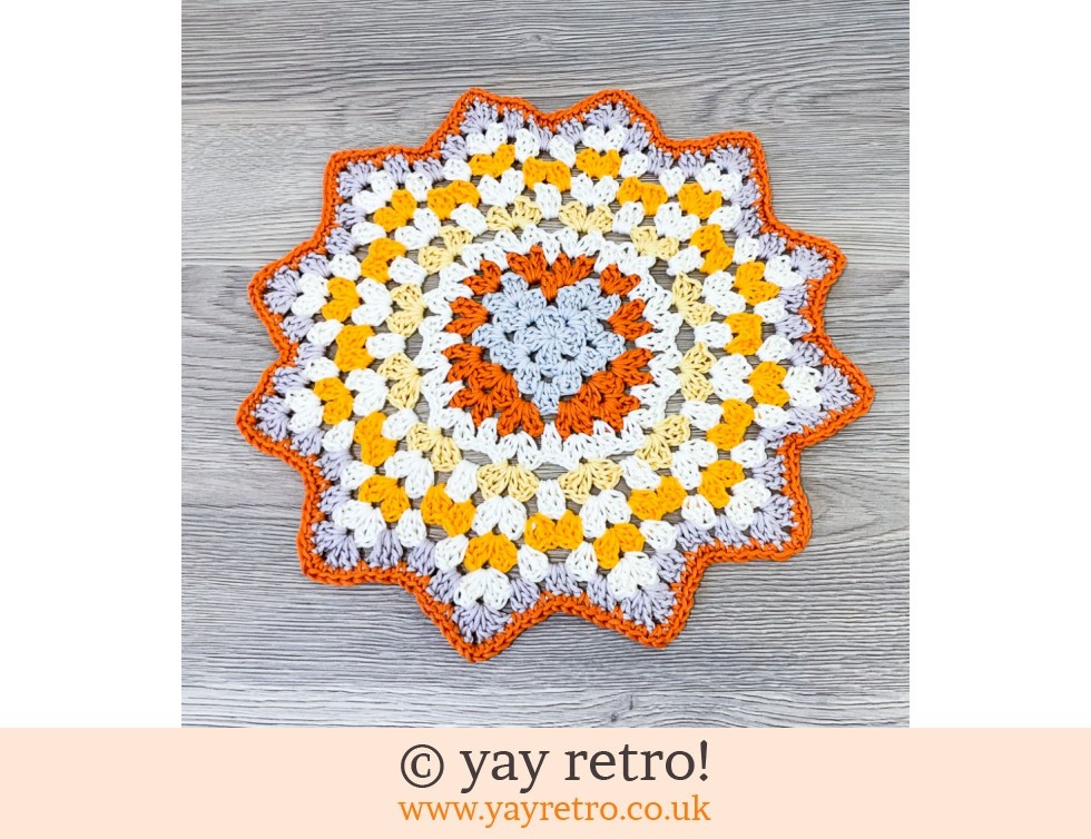 yay retro!: Crochet Love Heart Mandala - Send a Hug in the Post! (£13.00)