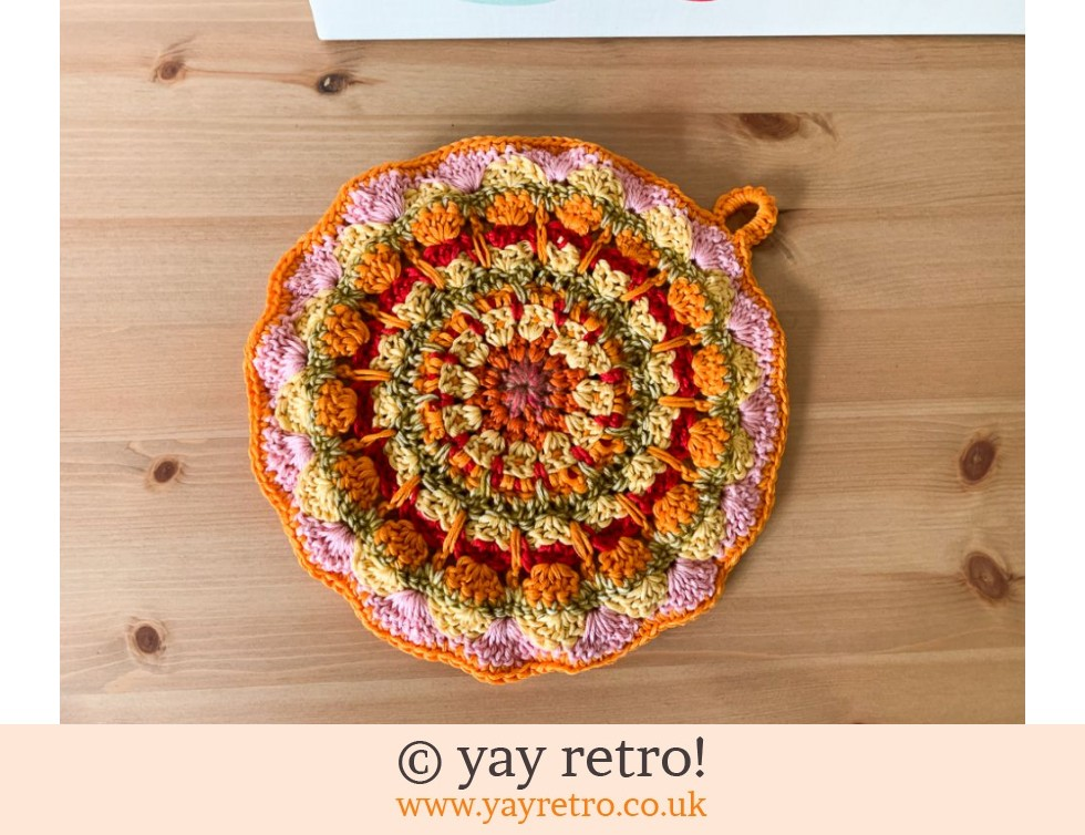 yay retro!: 70s Inspired Crochet Mandala Pot Holder / Stand (£13.95)