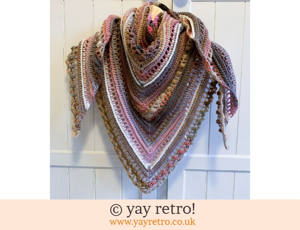 'Powder Blush' Crochet Shawl (£25.00)