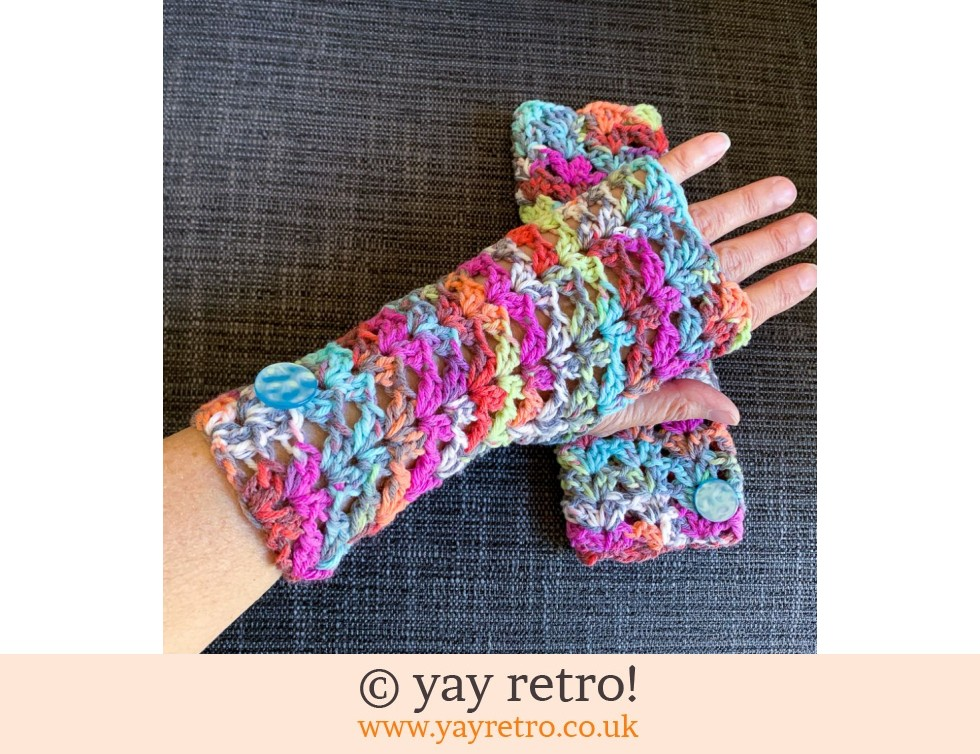 yay retro!: 'Confetti' Crochet Wrist Warmers (£14.50)