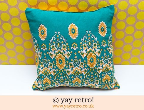 0: Green Vintage Paisley Cushion & Pad (£9.00)