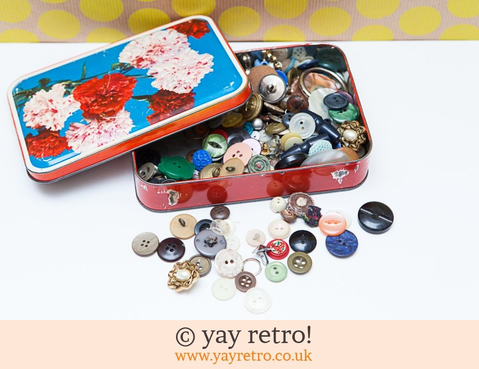 Vintage Tin of Buttons (£8.95)
