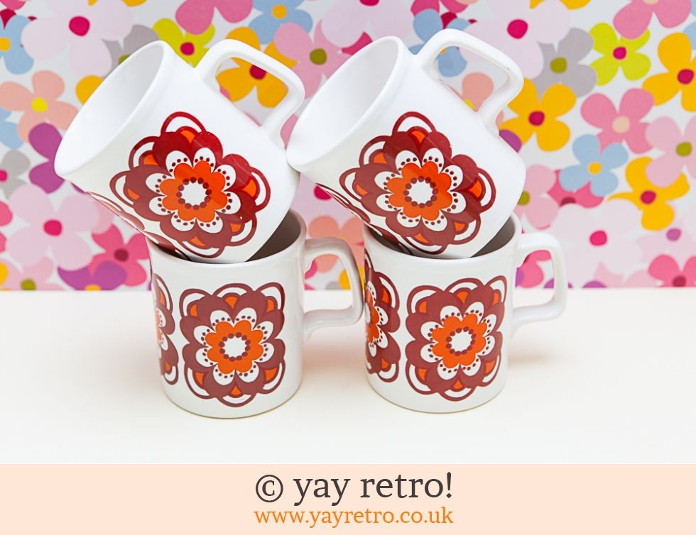 Staffordshire Pottery: Staffordshire Potteries Flower Power Daisy Mugs x 4 (£32.00)