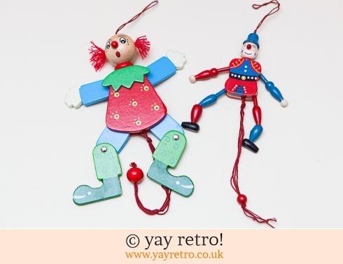751: Wooden Jumping Clowns x 2 (£5.50)