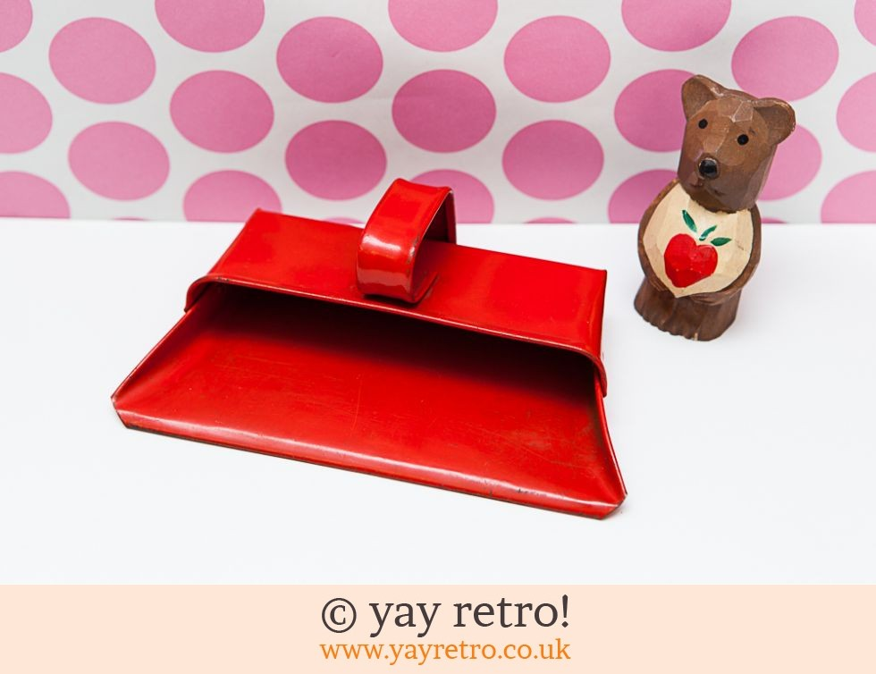 Vintage Child's Metal Dust Pan (£8.75)