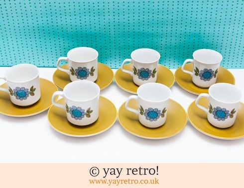 100: Meakin Topic Cups & Saucers x 7 (£14.00)