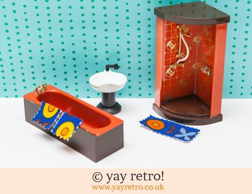 0: 70s Dolls House Bathroom (£7.95)
