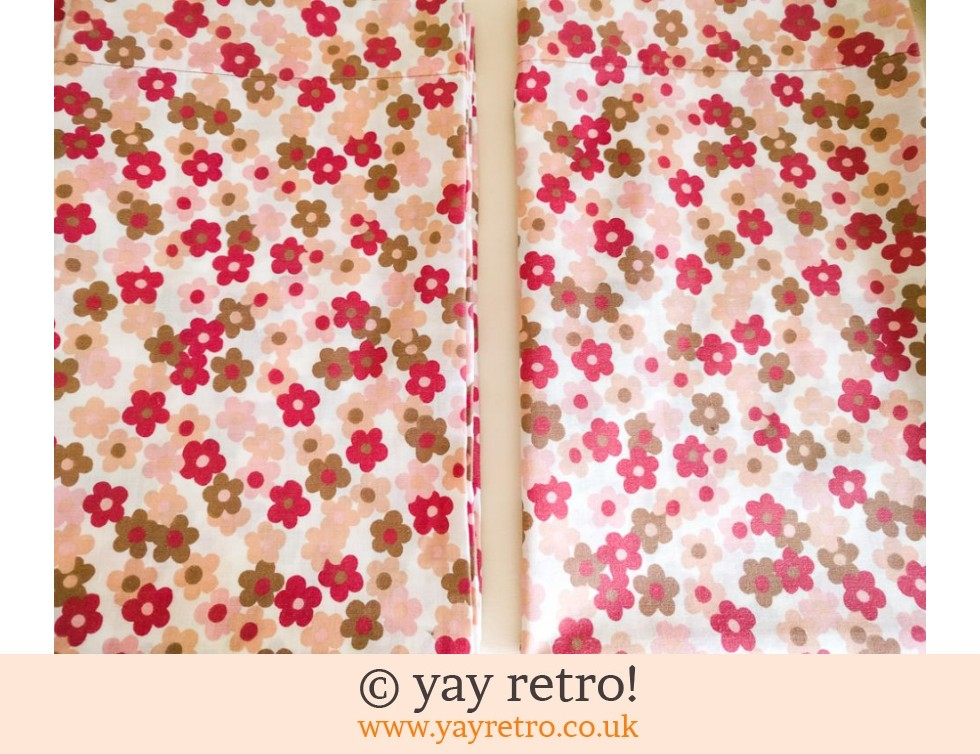 Vintage Flower Power Daisy Pillowcases - Unused (£12.50)