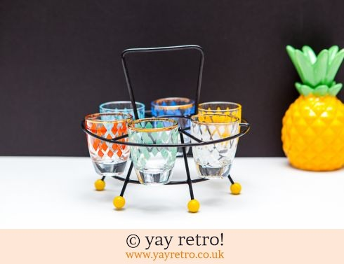 0: Atomic Shot Glass Set Gumball Feet (£19.95)