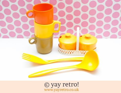 Joblot Orange/Yellow Rosti Mepal etc (£22.50)