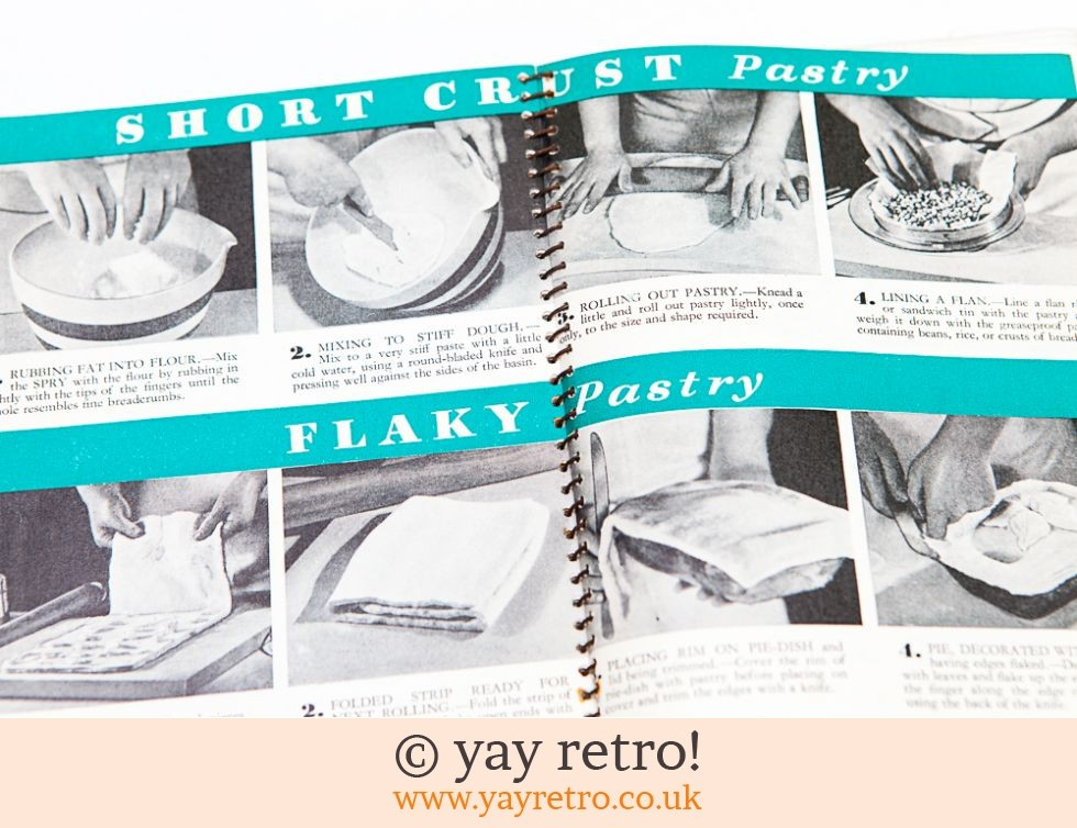 Vintage Wartime Pyrex Recipes  & Spry Cookery Books (£12.50)