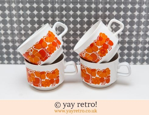78: 1970s Staffordshire Potteries Cups / Mugs (£8.50)