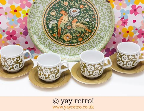 53: 1970s Flower Power Daisy Tea Set (£12.00)