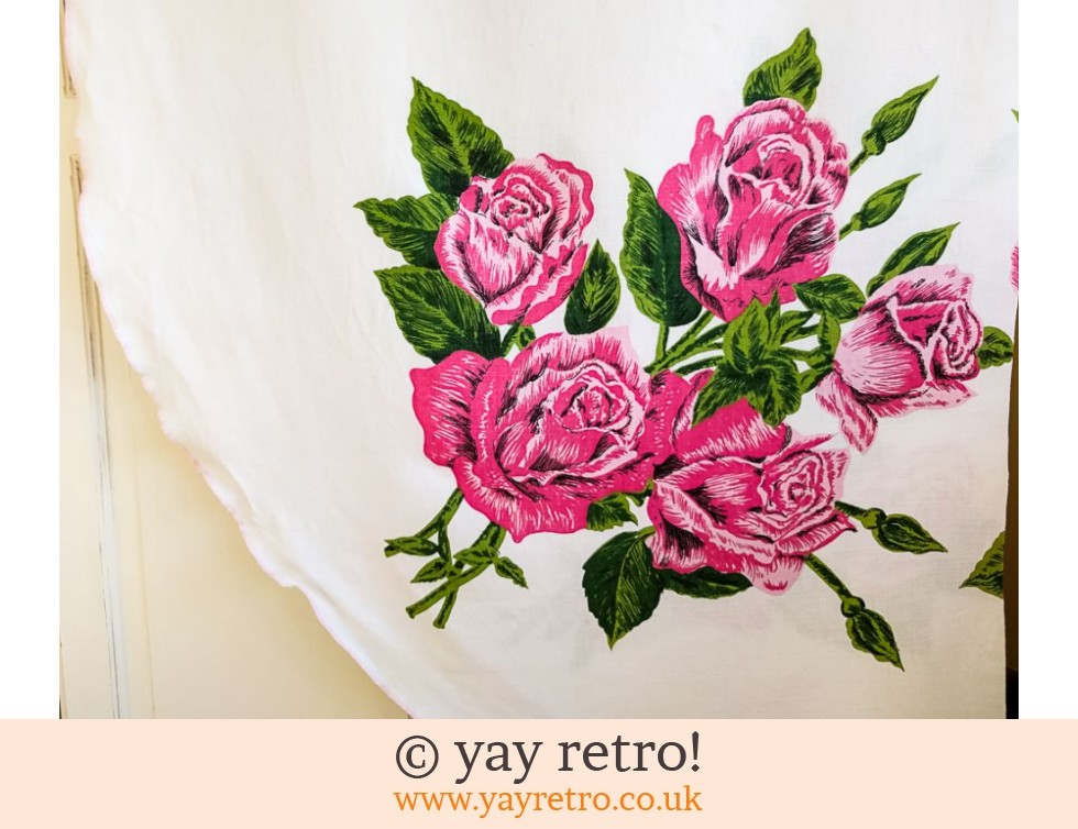 1950s Rose Linen Tablecloth Fabric (£4.00)