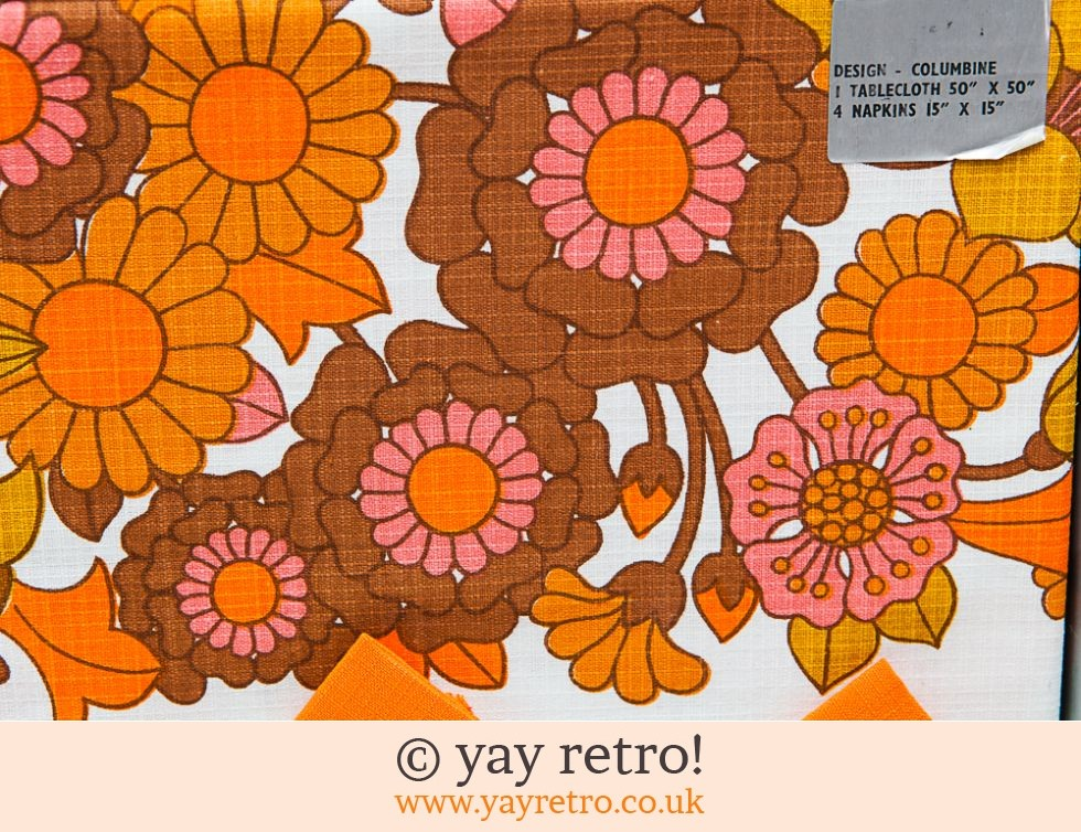 Incredible 60s Flower Power Tablecloth & Napkin Set (£30.00)