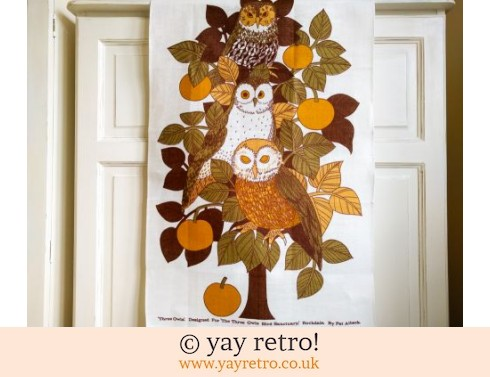 461: Three Owls Tea Towel Pat Albeck (£12.95)