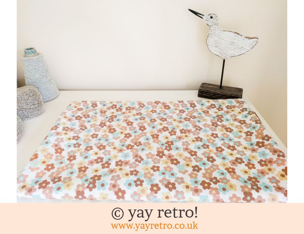 Dorma: 1960/70s Daisy Double Sheet (£22.00)