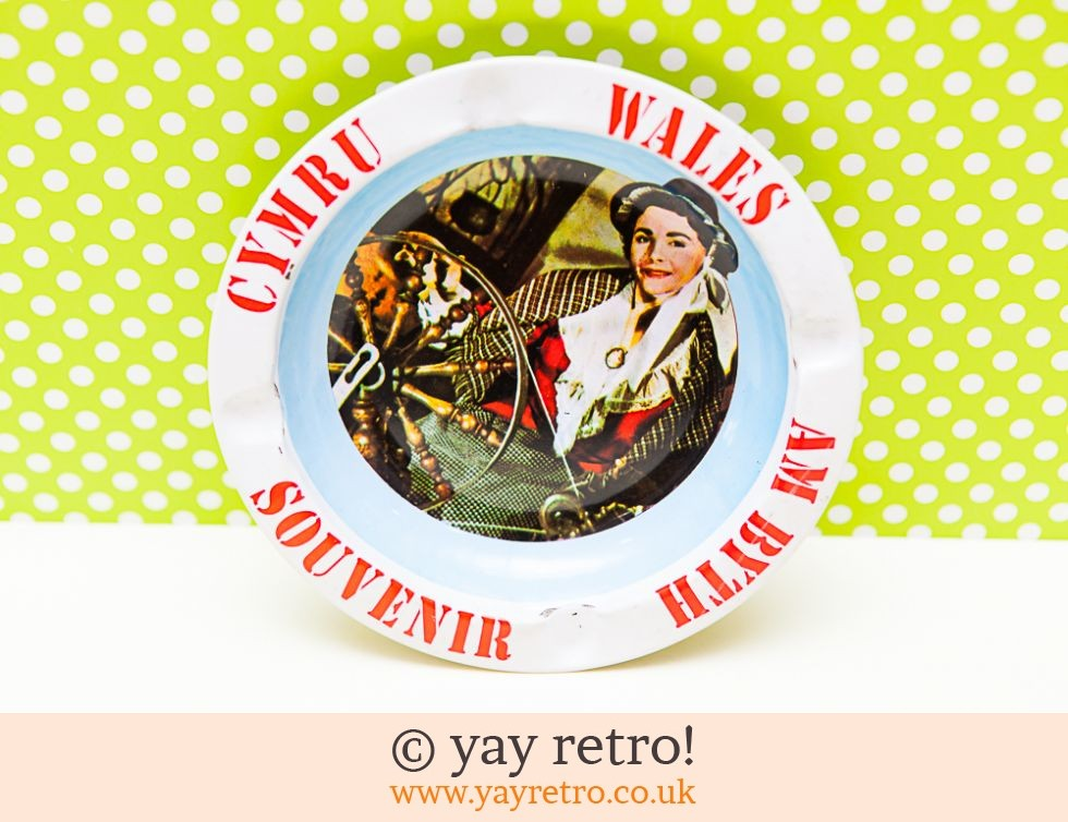 Kitsch Metal Ashtray - Welsh (£4.75)
