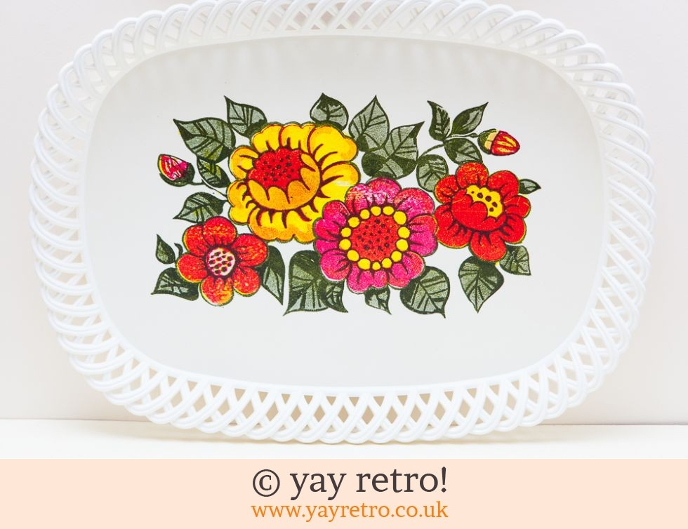 Flower Power Tray 1960/70s (£16.00)