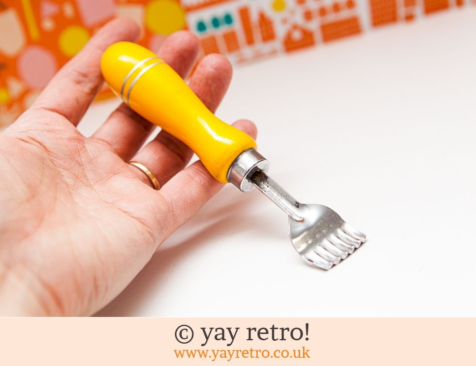 Yellow Vintage Butter Curler (£6.50)
