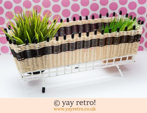 0: 1950s Woven Wire Atomic Planter (£16.00)