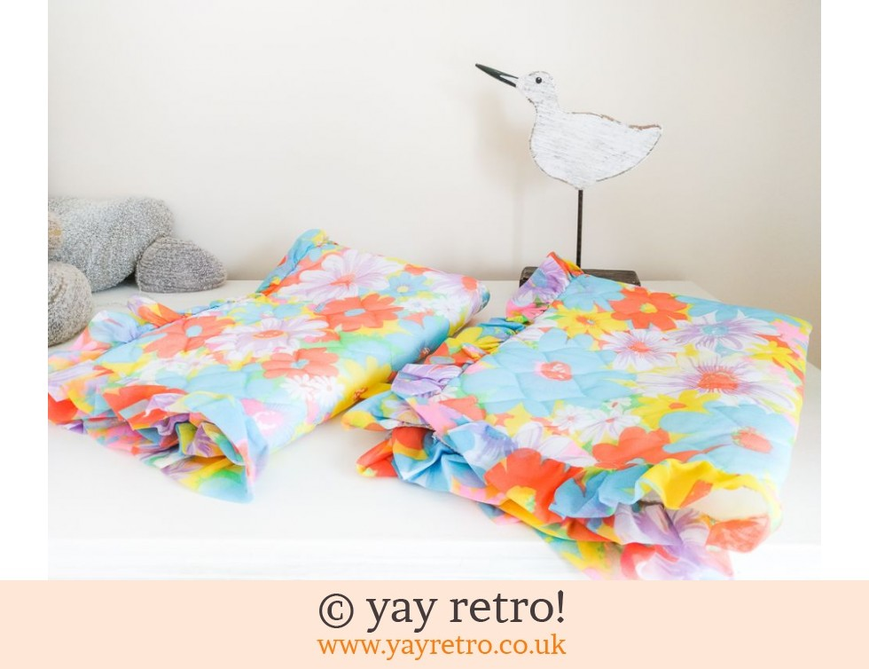 Stunning Unused Flower Power Quilted Pillow Cases x 2 (£16.50)