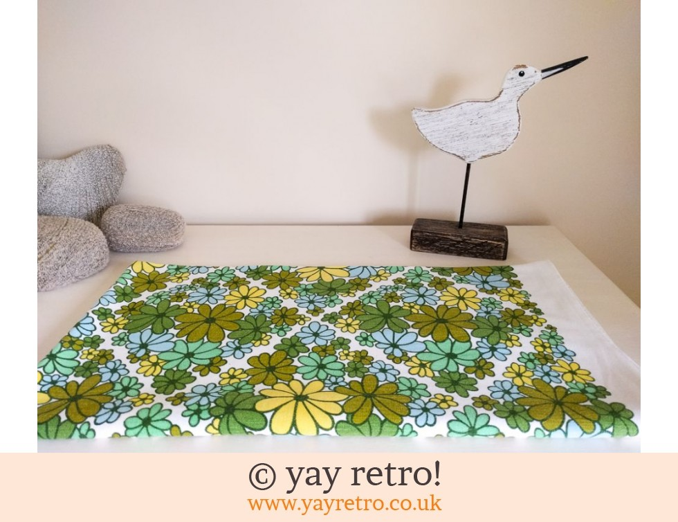 Dunmoy: Flower Power Tablecloth Green (£20.00)