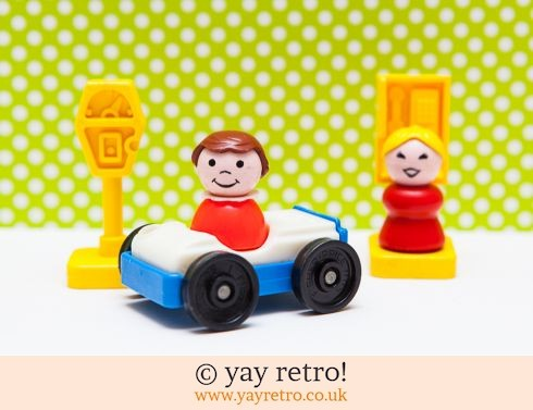 535: Vintage Fisher Price Car Set (£9.00)