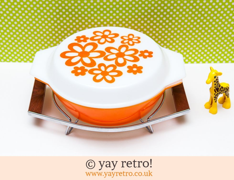 Pyrex: Orange Daisy Pyrex Casserole in Teak Holder (£32.00)