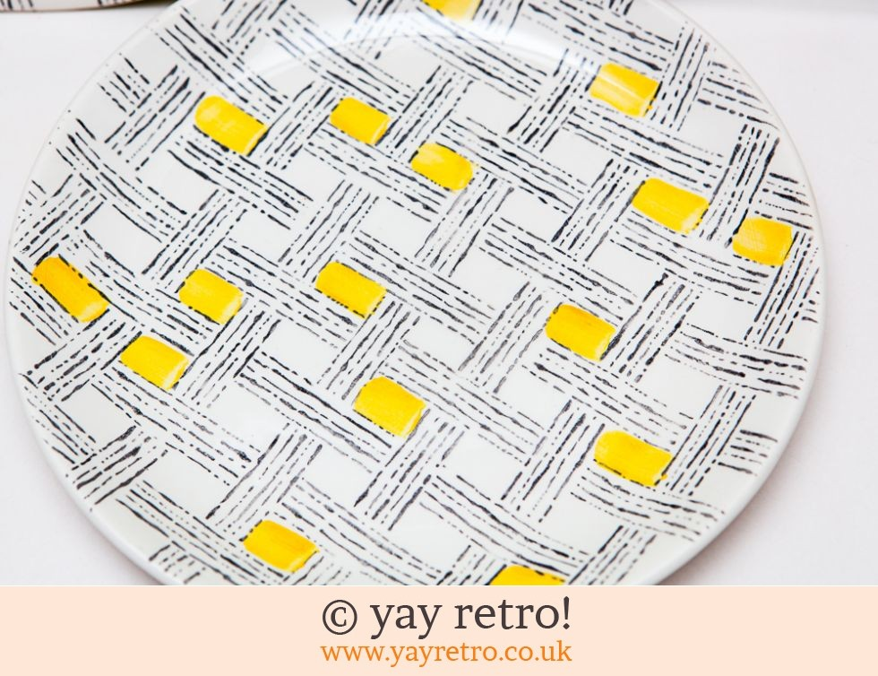 1950s Yellow Check Side Plates (£8.00)