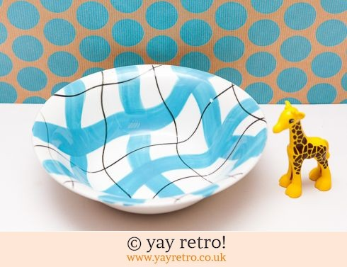 42: Harlequinade Sky Blue Check Serving Bowl (£5.00)