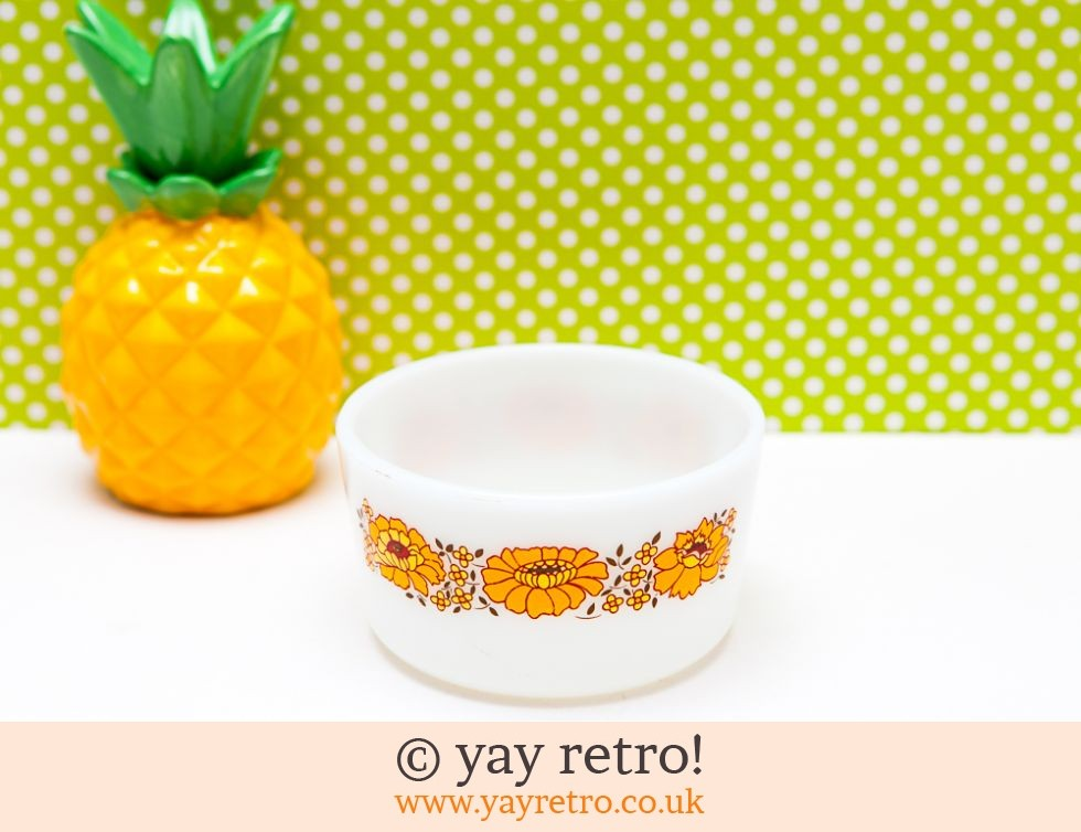 Pyrex: Orange Flowery Pyrex Bowl (£9.50)