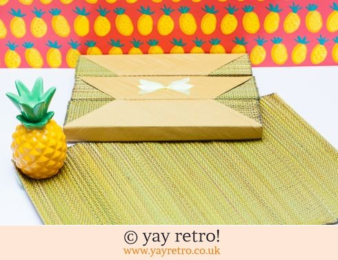 0: 4 Vintage Raffia Table Mats & Napkins (£4.00)