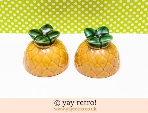 396: Pineapple Salt & Pepper Set (£8.00)