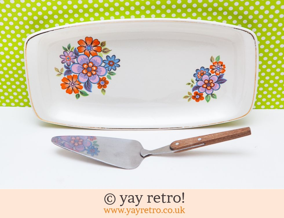 Flower Power Serving Tray + Free Server (£7.50)