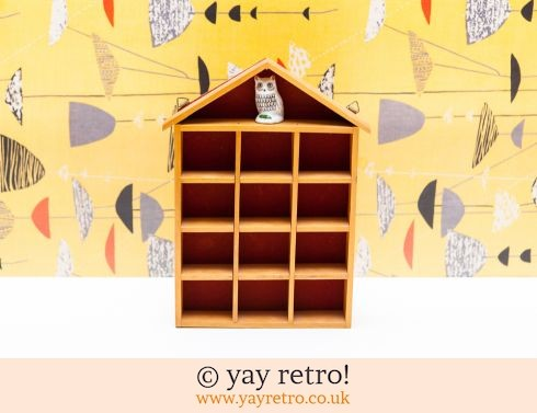 0: House Shaped Collectables Display with Kitsch Owl (£12.00)