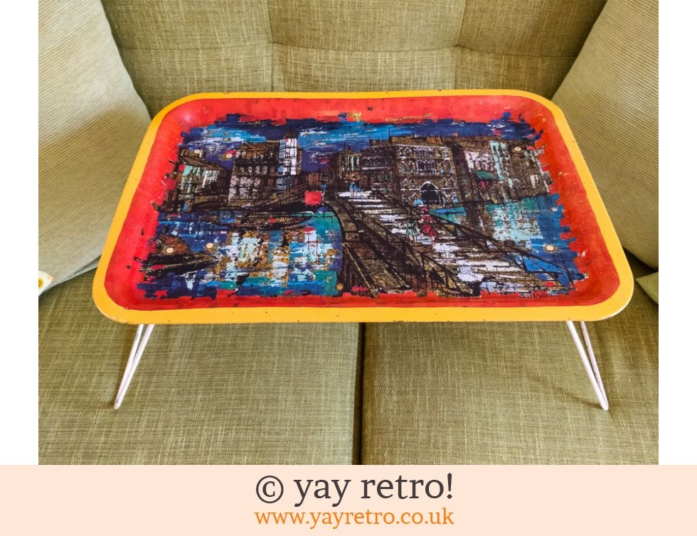 Charmant 1950/60s Folding Metal Tray Table (£20.00)