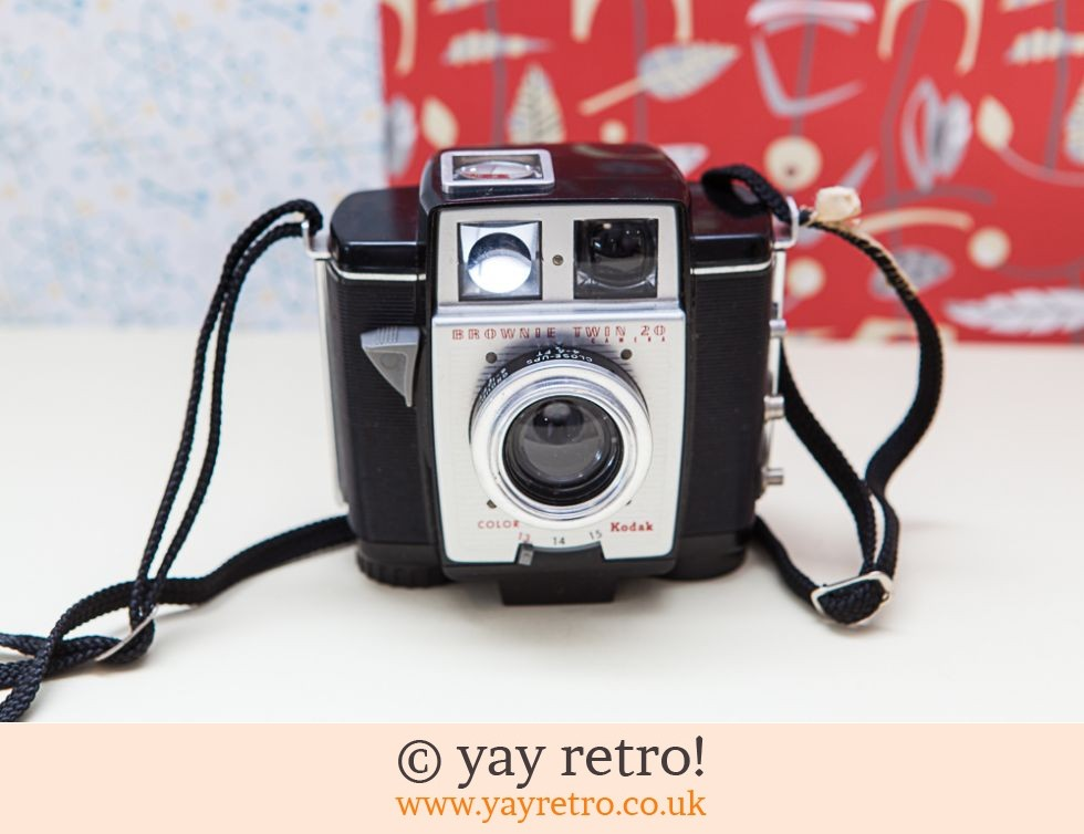 Vintage Brownie Twin 20 Camera (£12.50)