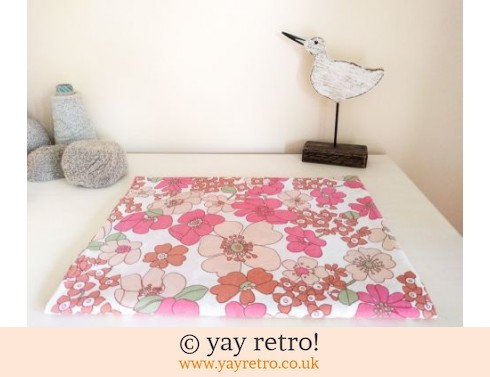 0: Flower Power Single Bed Sheet 60/70s (£9.50)