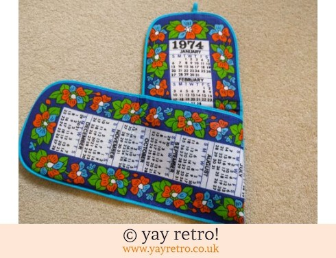 0: Vintage 1974 Unused Calendar Oven Gloves! (£12.75)