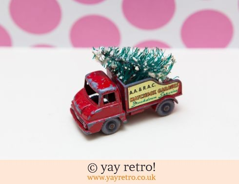 632: Matchbox Red Truck with Xmas Tree (£8.50)
