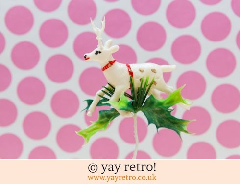 0: Vintage Deer Ornament (£6.00)