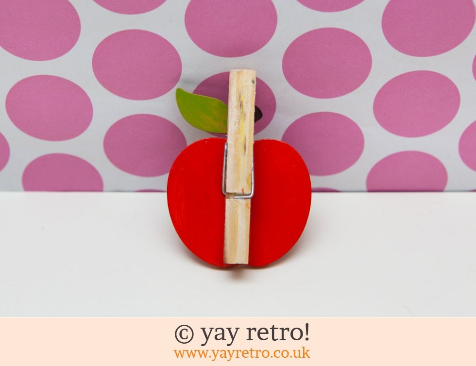 Wood Apple Peg Clip (£3.00)