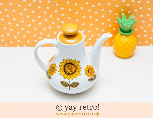 82: Sunflower Teapot / Coffee pot (£26.00)