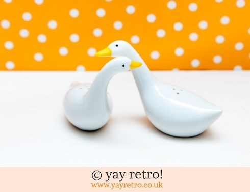 0: Loving Geese Salt & Pepper Pots (£9.50)