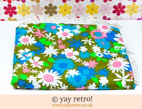 0: 1960/70s Bright Blue Daisy Bedspread Unused (£45.00)