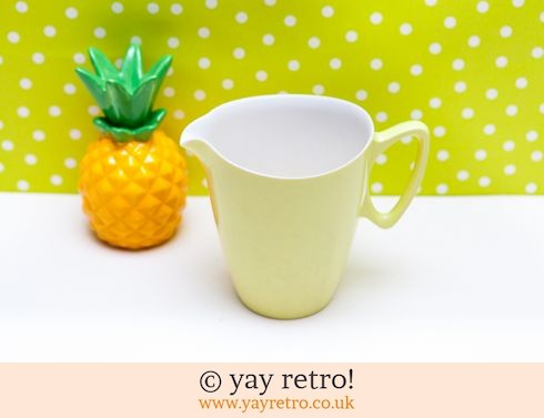 35: Large Yellow Gaydon Jug 60s (£6.00)